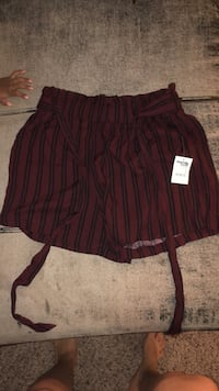 shorts not a Skirt brand new never worn originally 16 selling it for 10  Size: Medium  Bryan, 77801