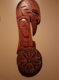 Native carving clock  Duncan