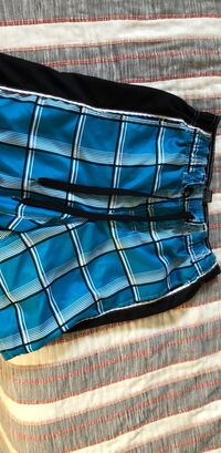 Blue swim shorts size 28-30 Kaysville, 84037