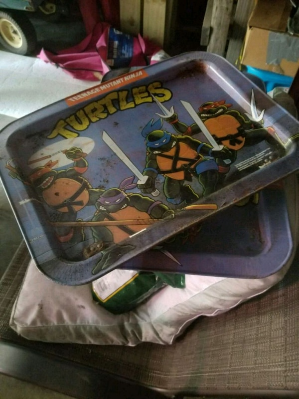 black and green TMNT print camping chair