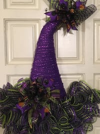 Purple and black wreath decor Centreville, 20120
