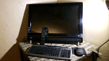 Hp Computer with  Remote
