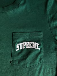 Small supreme raiders tee (green)