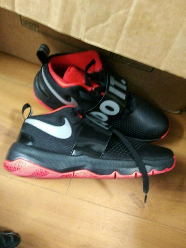 00d0fc87c849 Used pair of black-and-pink Nike basketball shoes for sale in Dallas ...