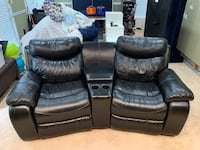 Black leather automatic recliners Lorton, 22079