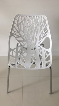 Set of 4 white chairs ($30 each) Doral, 33198