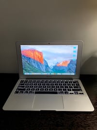 "Mac Book Air 11"" Richmond, V7E 1T6"