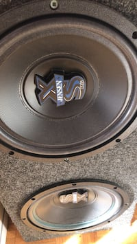 Black and gray mtx audio subwoofer Toronto, M3N 2W2