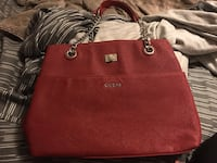 Red Guess Purse. Vaughan, L4H 1P5