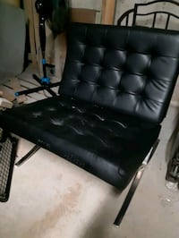 Leather Accent chair Mississauga, L5G 1L9