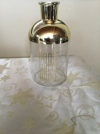 Gold and clear glass vase new Edmonton, T6E 0B4