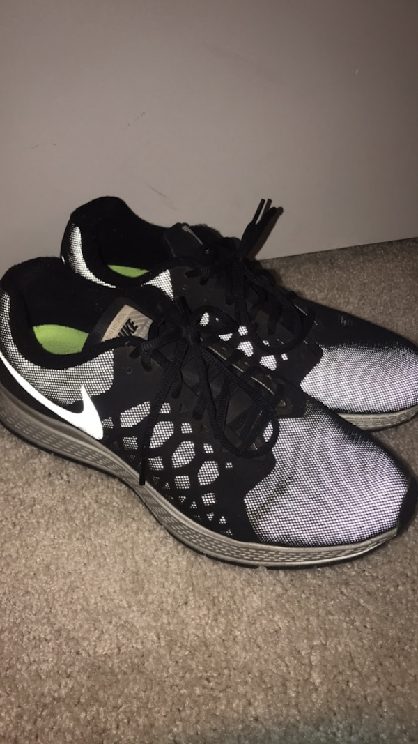 3478fde97cd Used H2O repeling Nike running shoe size 10.5 for sale in Dallas - letgo