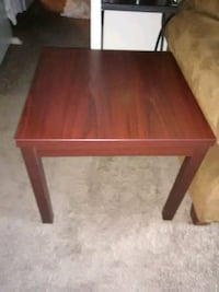 Cherry wood colored Table  Tulsa, 74136