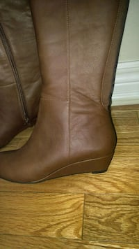 Brand new boot. Size 6 Newmarket, L3Y 8Z3