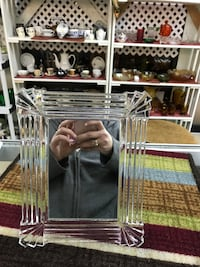 Mirror get for a make up table Winchester, 22602