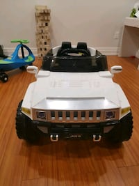 Hummer electric car with real sterio!!  Bradford West Gwillimbury, L3Z 2M2