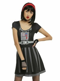 Hot Topic Vader dress- size small