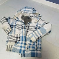 white, blue, and black plaid zip-up hoodie Québec City