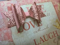 Pink bow with glitter  Hialeah, 33014