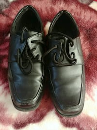 Size 13.5 boys dress shoes  Falls Church, 22041