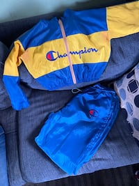 Two piece champion set