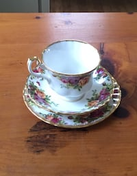 Royal Albert Old Country Roses China - 5 Piece Place Setting (1) Worcester, 01602