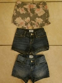 Girls size 6 shorts from old navy Livingston, 70754