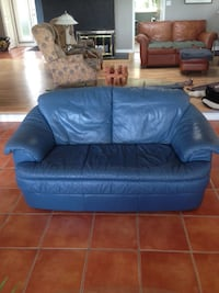 Blue leather sofa and love seat Victoria, V8N 4W7
