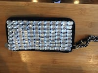 Sequin clutch (New York and co) Lake Grove, 11755