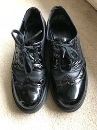 Black leather shoes from Browns - size 39/ 9 Burnaby, V5H 1Z9