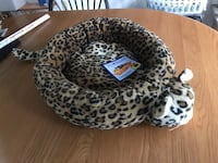 Leopard print cat bed with head & tail Fiskdale, 01518