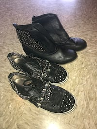 Two pairs of women's black studded shoes Inwood, 25428