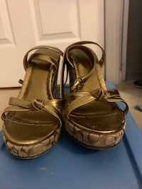 Coch wedges size 8.5 Linthicum Heights, 21090