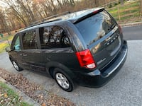 Dodge - Caravan - 2012 Laurel, 20707