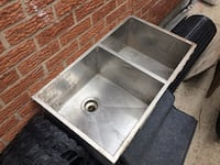 gray stainless steel sink with faucet 528 km
