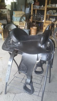 REDUCED - New Western Leather Saddle.