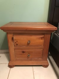 Bed side table Ormond Beach, 32174