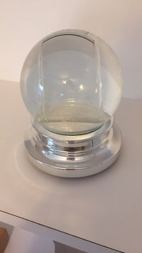 Double sided picture snow globe