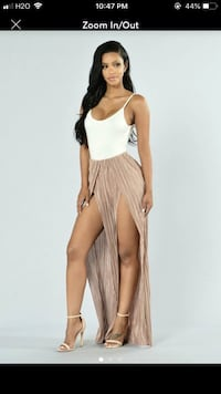 Fashion nova slit pants Fresno, 93702