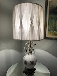Vintage table lamp Toronto, M9A 2C9