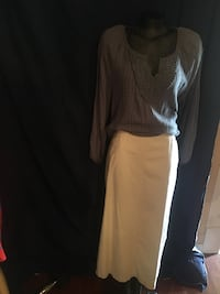 size 12 long skirt/2X blouse 10.00ea or 15.00both Houston, 77051