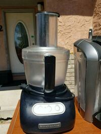 kitchen aid food processor and accessories Calgary, T2Y 2T5