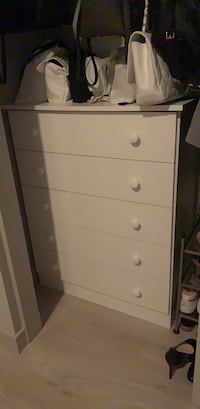 White 5 drawer dresser Los Angeles, 90014