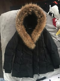 Mackage women's parka XL 559 km