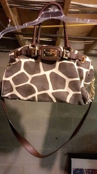 Michael Kors Authentic Purse London, N6J 2J1
