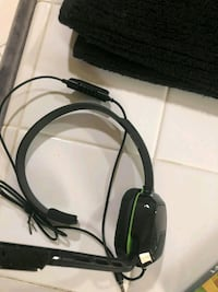 black and green corded headphones Bakersfield, 93306