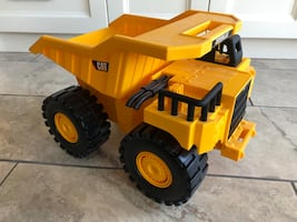 Large Caterpillar CAT Dump Truck Toy