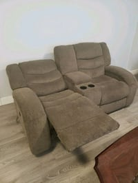 Electric Reclining Sofa & Couch Set Mission, V2V 3X9