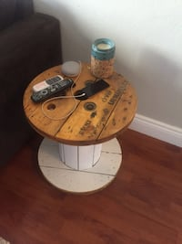 Rustic Side table  Kelowna, V1Y 6R3