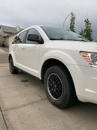Dodge - Journey - 2009 Edmonton